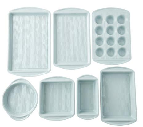 Wilton Brand Bakeware Set